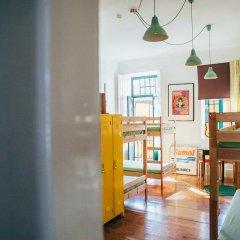 Отель Dona Fina Guest House Кровать в общем номере с двухъярусной кроватью фото 5