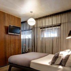 Hotel V Frederiksplein 3* Стандартный номер с двуспальной кроватью фото 4