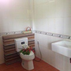 Отель Khum Laanta Resort Ланта ванная фото 2