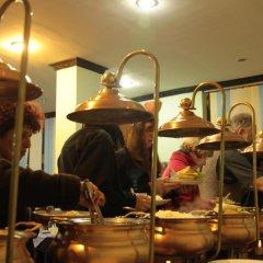 Отель Pokhara Village Resort Непал, Покхара - отзывы, цены и фото номеров - забронировать отель Pokhara Village Resort онлайн питание