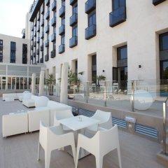 Отель M.A. Sevilla Congresos Испания, Севилья - 1 отзыв об отеле, цены и фото номеров - забронировать отель M.A. Sevilla Congresos онлайн бассейн фото 3