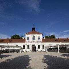 Отель Monte Pacis Литва, Каунас - отзывы, цены и фото номеров - забронировать отель Monte Pacis онлайн парковка
