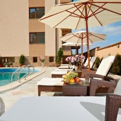 Отель Stanny Court ApartHotel бассейн фото 3