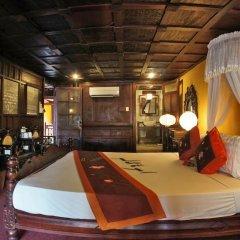 Vinh Hung Heritage Hotel 2* Люкс повышенной комфортности с различными типами кроватей фото 5