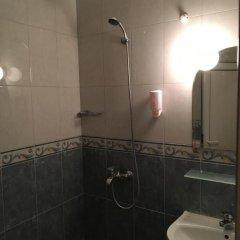 Отель Biju Болгария, Бургас - отзывы, цены и фото номеров - забронировать отель Biju онлайн ванная фото 2
