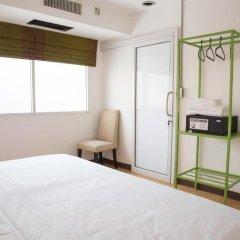 Отель Bed & Body Bangkok 2* Номер Делюкс с различными типами кроватей
