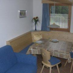Отель Pretzerhof Кампо-ди-Тренс комната для гостей