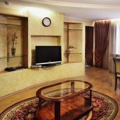 Гостиница Уральская Апартаменты с двуспальной кроватью фото 2