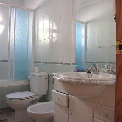 Отель Arco Iris 5 Ориуэла ванная