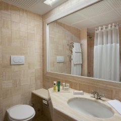 Отель Hilton Rome Airport 4* Гостевой номер с различными типами кроватей фото 3
