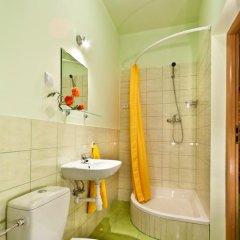 Отель Relax - usługi noclegowe Стандартный номер с различными типами кроватей фото 9