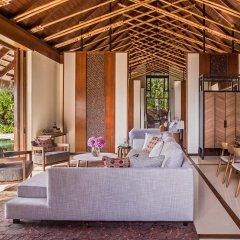Отель One&Only Reethi Rah 5* Номер категории Премиум с различными типами кроватей фото 8