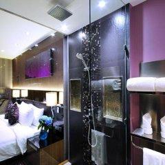 Отель The Continent Bangkok by Compass Hospitality 4* Улучшенный номер с различными типами кроватей фото 16