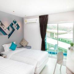 Отель The Crib Patong 3* Улучшенный номер с двуспальной кроватью фото 2