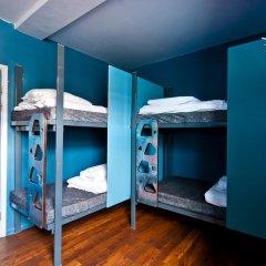 Clink78 Hostel Стандартный семейный номер с двуспальной кроватью (общая ванная комната) фото 2