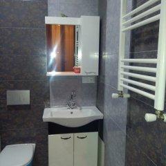 Отель Mia Guest House Tbilisi Стандартный номер с различными типами кроватей фото 19