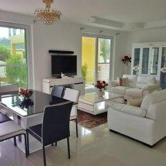 Отель Вилла Platinum Residence Park 10b комната для гостей