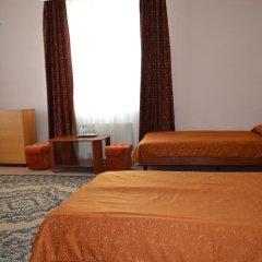Гостиница Мотель Транзит Номер с общей ванной комнатой с различными типами кроватей (общая ванная комната) фото 7