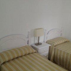 Отель Hostal El Arco Номер категории Эконом с различными типами кроватей фото 2