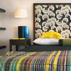Отель Vouliagmeni Suites комната для гостей фото 2