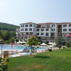 Отель Harmony Hills Complex Болгария, Балчик - отзывы, цены и фото номеров - забронировать отель Harmony Hills Complex онлайн бассейн фото 2