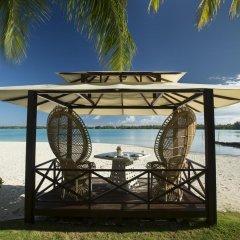 Отель The St Regis Bora Bora Resort пляж фото 2