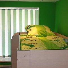 Хостел FoxHole Кровать в общем номере двухъярусные кровати фото 9
