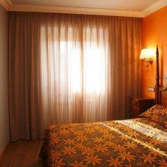 Отель Hostal Victoria I Стандартный номер с двуспальной кроватью фото 4