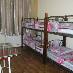 Хостел Радужный Кровать в общем номере двухъярусные кровати