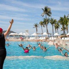 Costa De Oro Beach Hotel фитнесс-зал