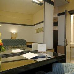 Hotel Pitti Palace al Ponte Vecchio 4* Номер Комфорт с различными типами кроватей фото 5