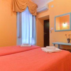 Отель Claudia Suites 3* Стандартный номер с 2 отдельными кроватями (общая ванная комната) фото 3