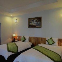 Отель Starfruit Homestay Hoi An 2* Улучшенный номер с различными типами кроватей фото 5