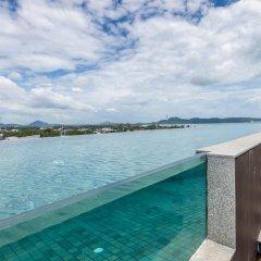 Отель Dlux Condominium Таиланд, Бухта Чалонг - отзывы, цены и фото номеров - забронировать отель Dlux Condominium онлайн бассейн фото 2