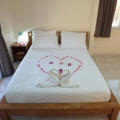 Отель Patamnak Beach Guesthouse 3* Улучшенный номер с различными типами кроватей фото 7