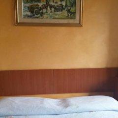 Отель Appartamenti Centrali Giardini Naxos Джардини Наксос сейф в номере