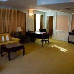 Отель Ramada Plaza by Wyndham Bangkok Menam Riverside 5* Люкс повышенной комфортности с различными типами кроватей фото 6