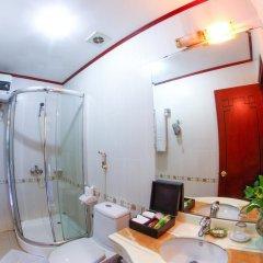 Atrium Hanoi Hotel 3* Номер Делюкс с различными типами кроватей фото 4