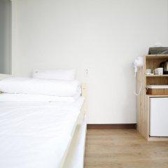 Отель Shinchon Hongdae Guesthouse удобства в номере фото 2