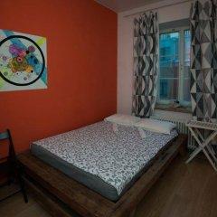 Хостел Ура рядом с Казанским Собором Стандартный номер с двуспальной кроватью (общая ванная комната) фото 3