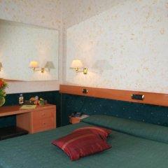 Отель Eurohotel 3* Улучшенный номер фото 3
