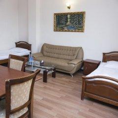 Отель Капитал 3* Стандартный семейный номер разные типы кроватей фото 3