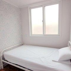 Отель Unni House 2* Стандартный номер с различными типами кроватей (общая ванная комната) фото 2