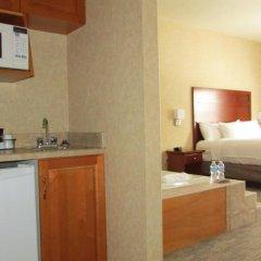 Отель Days Inn & Suites by Wyndham Brooks в номере фото 2