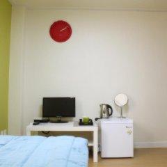 Отель Patio 59 Hongdae Guesthouse 2* Стандартный номер с различными типами кроватей фото 18