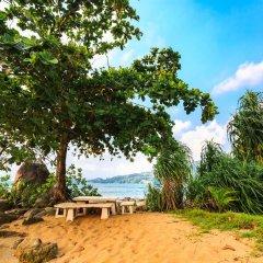 Отель Kamala Beach Estate пляж