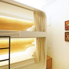 Отель 5footway.inn Project Ann Siang 2* Улучшенный номер с 2 отдельными кроватями фото 2