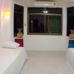 Donmueang Airport Residence Hostel Номер Делюкс с различными типами кроватей фото 4