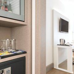 Отель NH Collection Berlin Mitte Am Checkpoint Charlie 4* Стандартный номер с разными типами кроватей фото 12