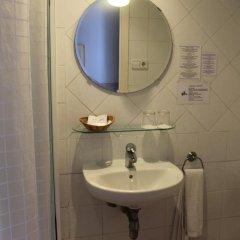 Отель Hostal Center Inn 2* Стандартный номер с различными типами кроватей фото 24